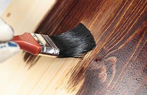 Масла и воск для дерева. Масло-воск образует на поверхности надежный защитный слой, который позволяет уберечь деревянное изделие от гнили, грибка, и плесени. Масло-воск можно купить на Стройсматом. Стройсматом - первый строительный интернет-рынок.
